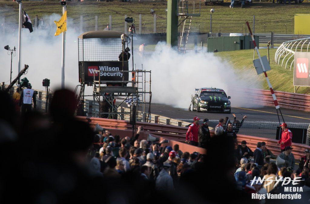 Photo Gallery: Supercars Round 10 – Sandown 500