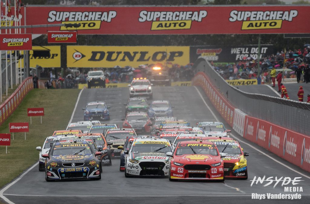 Photo Gallery: Supercars Bathurst 1000